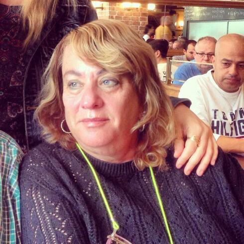 אמא שלי, זהבה, ממנה למדתי לראשונה על השואה ובת לניצולי שואה