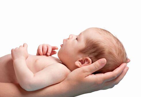 הפריע לתינוק