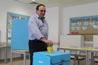 דב צור. מימש את זכותו הדמוקרטית גם בסיבוב השני | צילום: אבי מועלם