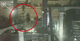 צוות החקירה איתר את החשוד מספר שעות לאחר התקרית. תיעוד האירוע, צילום: דוברות המשטרה