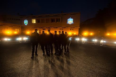 """מסיירים בשטח. צילום באדיבות עיריית ראשל""""צ"""